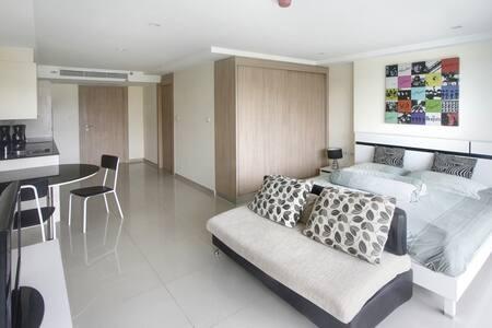 Studio room in Nova Ocean View - Bang Lamung - Apartment