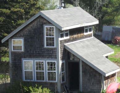 Salt Water Organic Farm Cottage - Rumah