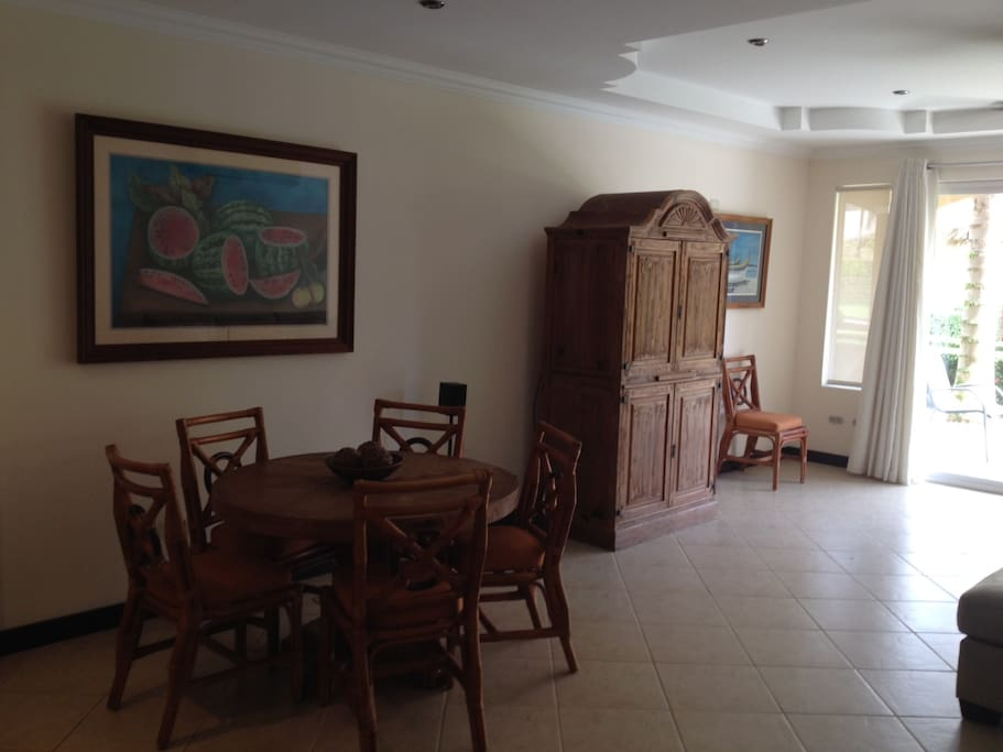 Living room, dining table with 6 chairs