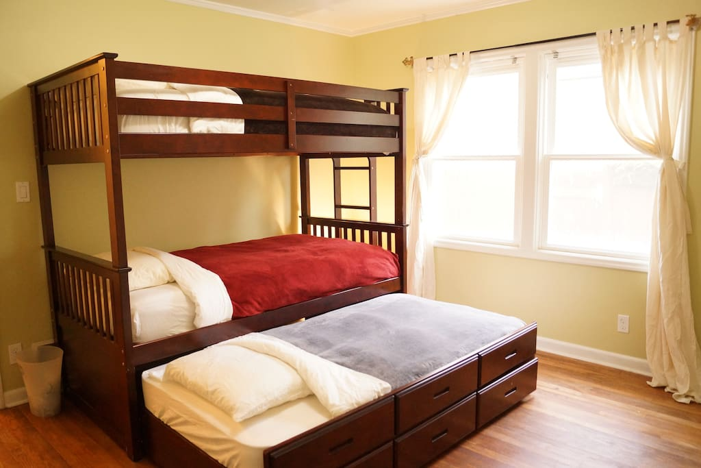 Bunk beds with trundle bed!
