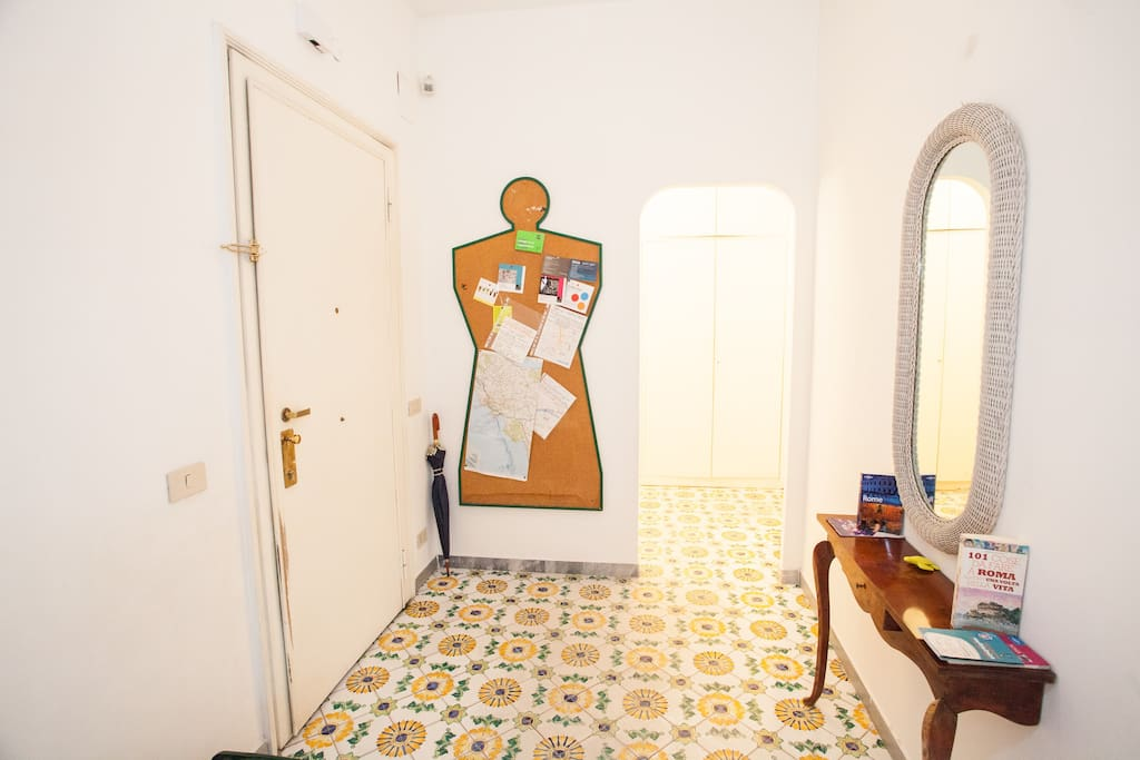 Lovely Spacious Bedroom with Private Patio and Entire Apartment at your Disposal!