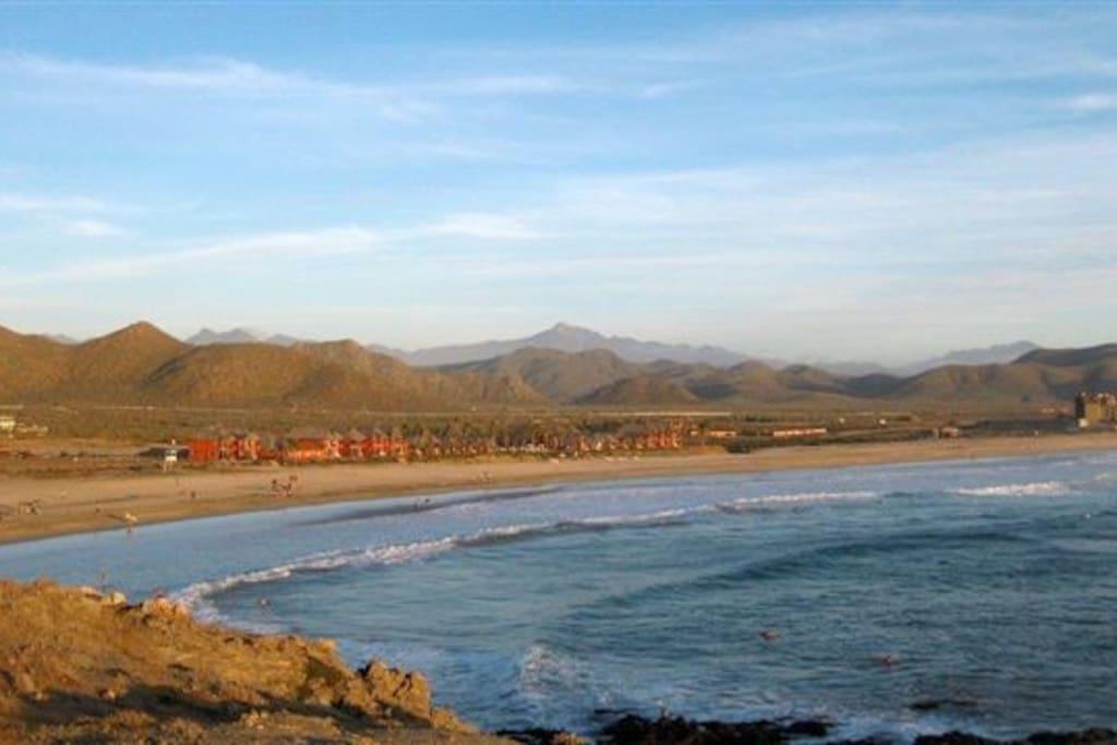 Cerritos beach a 3 minute walk away!