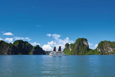 Traditional oriental Halong Bay