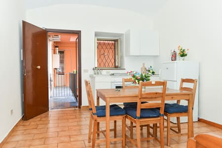 Guest House Nomentana, 225/2 WIFI  - Rome - Appartement