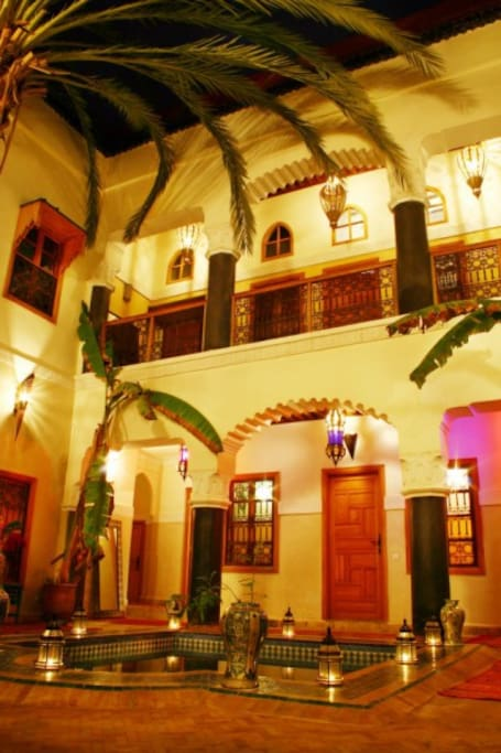 Riad zanzibar old town bed breakfasts for rent in for Airbnb marrakech