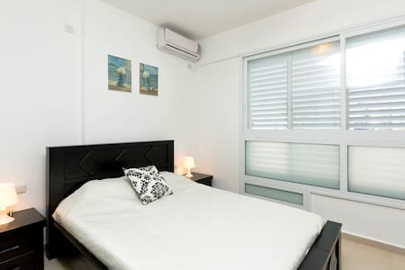Modern one bedroom apartment - Bat Yam - Pis