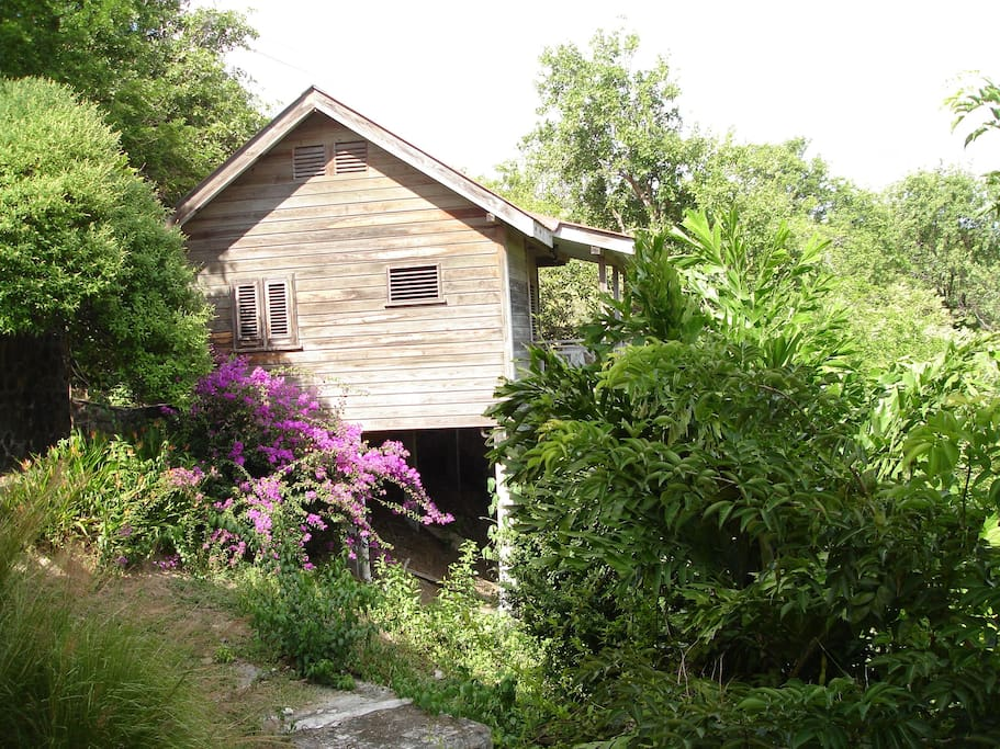 The cottage from outside