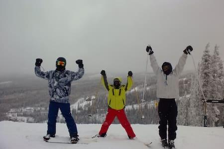 Ski in - Ski Out Condo Right by the Main Lodge!!! - Beaver - Osakehuoneisto