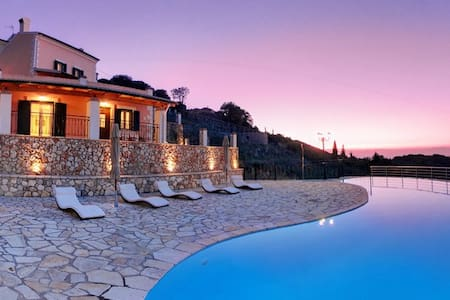 Agallis Residence Villa Gallini - Vila