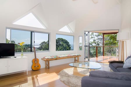 The Pass Beach House Byron Bay