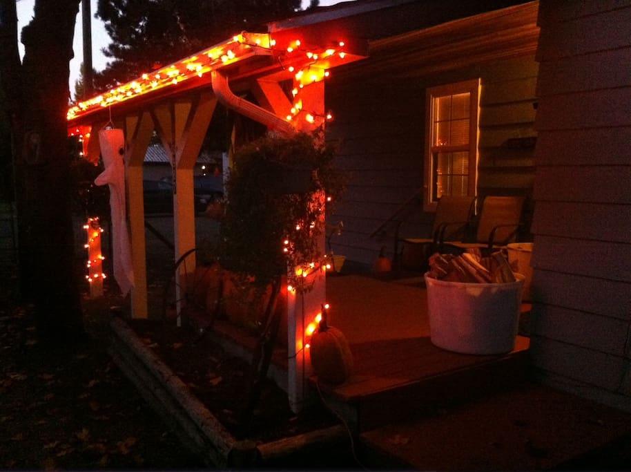 Halloween lights get you in the spirit....