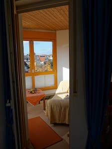 Helle 3,5 Zimmerwohnung in Baienfurt - Baienfurt - Apartemen