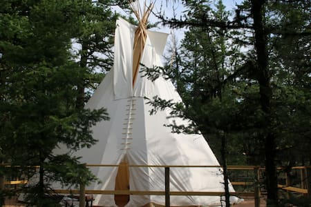 1 Luxury Tipi in Ashcroft - Ashcroft - Tipi