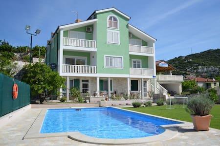 Villa Šolo - Hidden Dalmatia-Rural Apartment - Wohnung