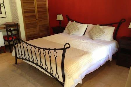 Conchal Hotel in Playa Brasilito