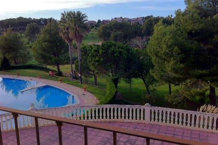 2 Apartamentos comunicados, Urbanización El Bosque - Valencia