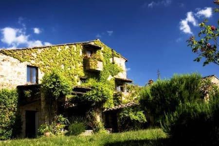 Charming farmhouse villa in Chianti - Florencia