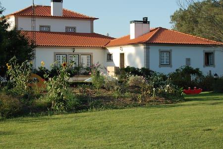 Villa: Solar da Natureza - Vila Franca - Bed & Breakfast