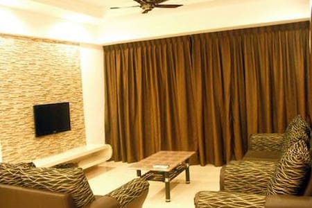 Brinchang Crown Imperial Apartment - Daire