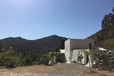 charming finca with stunning pool - Dom