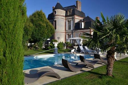 Le Château du Mesnil - Suite 2 - La Vieille-Lyre - Bed & Breakfast
