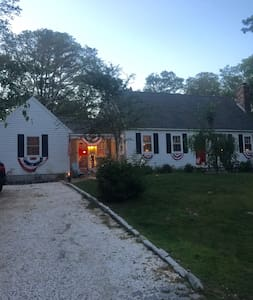SPECIAL SPACIOUS FALMOUTH CAPE HOME RENTAL - 一軒家