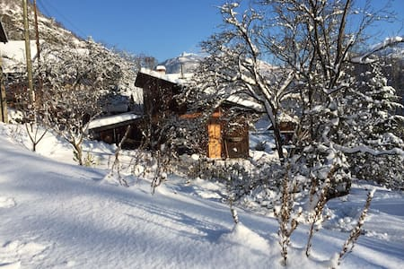 chalet neige et nature en Savoie - Saint-Etienne-de-Cuines