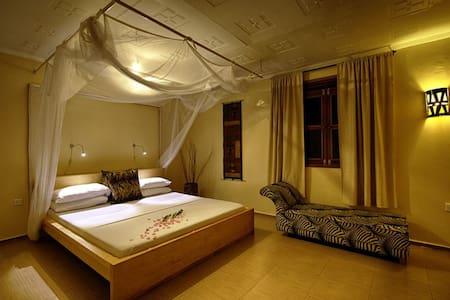 2 Friends Jinja Guest House - Jinja - Bed & Breakfast