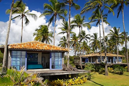 Beautiful house on a 7 kms private beach - Casa