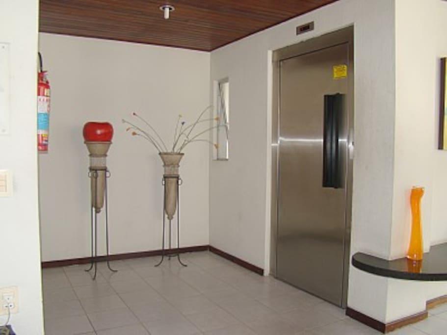 Hall de entrada do edifício
