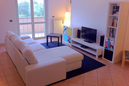 130 SM BRIGHTFUL AND FRIENDLY SPLENDID PENTHOUSE - Apartemen