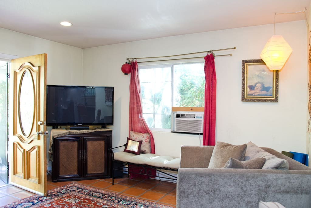 Surround Sound TV system with 50 inch HD