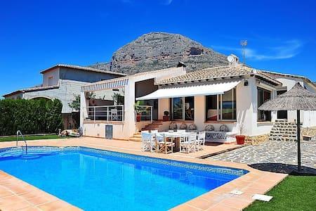 CASA SOL PEACE&LOVE - Villa