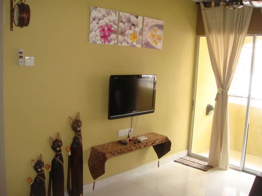 LCD TV with astro njoi and DVD player. Balcony