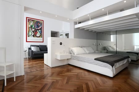 CASTELFIDARDO LUXURY APARTMENT