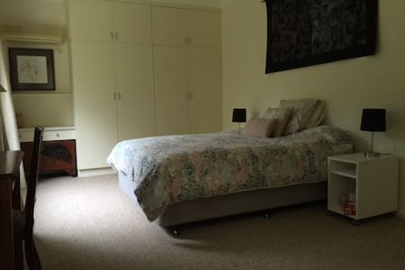 Central murray river retreat - Bed & Breakfast