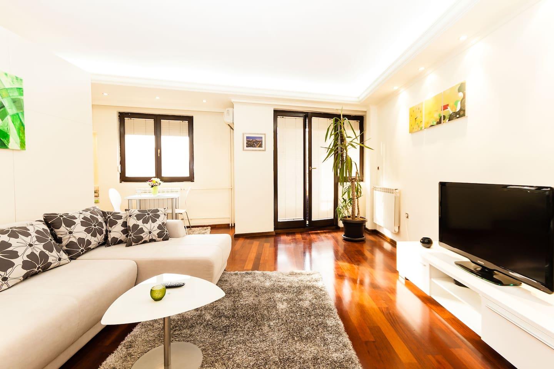 Modern Living - Apartment Marco