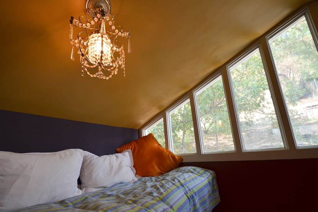 upstairs loft from same red room, extra twin bed