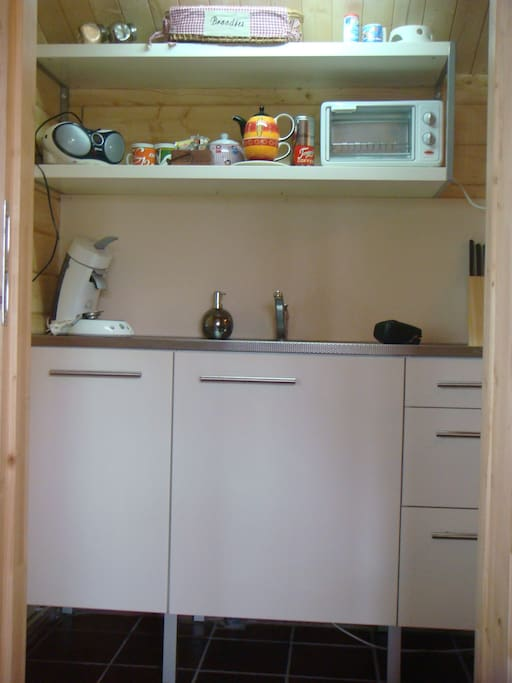 Keuken met alle benodigheden