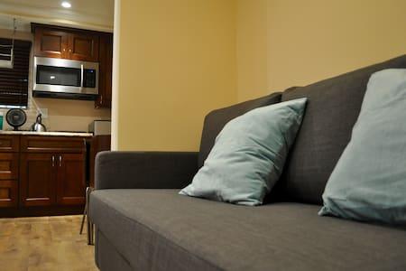 Cozy New Guesthouse in Santa Monica - Gästhus
