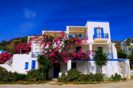 Double Room, Kini Syros (Α) - Lakás