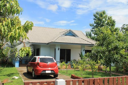 Chiang Mai 2Br Home near Umbrella Village - Tambon San Kamphaeng