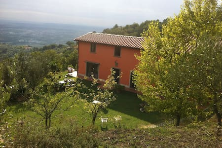 Apartment House Toscana rental quiet countryside - Casa