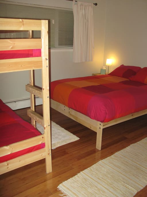 Each bedroom has queen bed and two bunk beds, always with clean linens!
