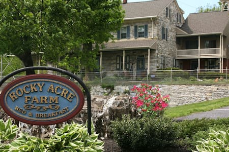 ROCKY ACRE FARM B&B - Bed & Breakfast