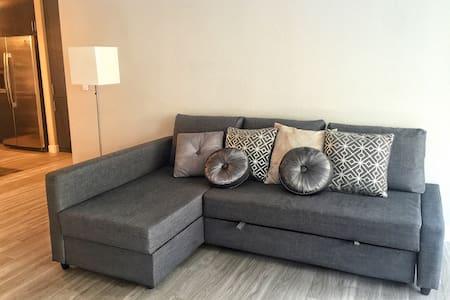 Comfortable sofa bed near ASU - Tempe