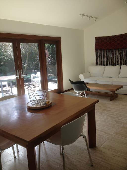 2 bedroom guest house Carpinteria