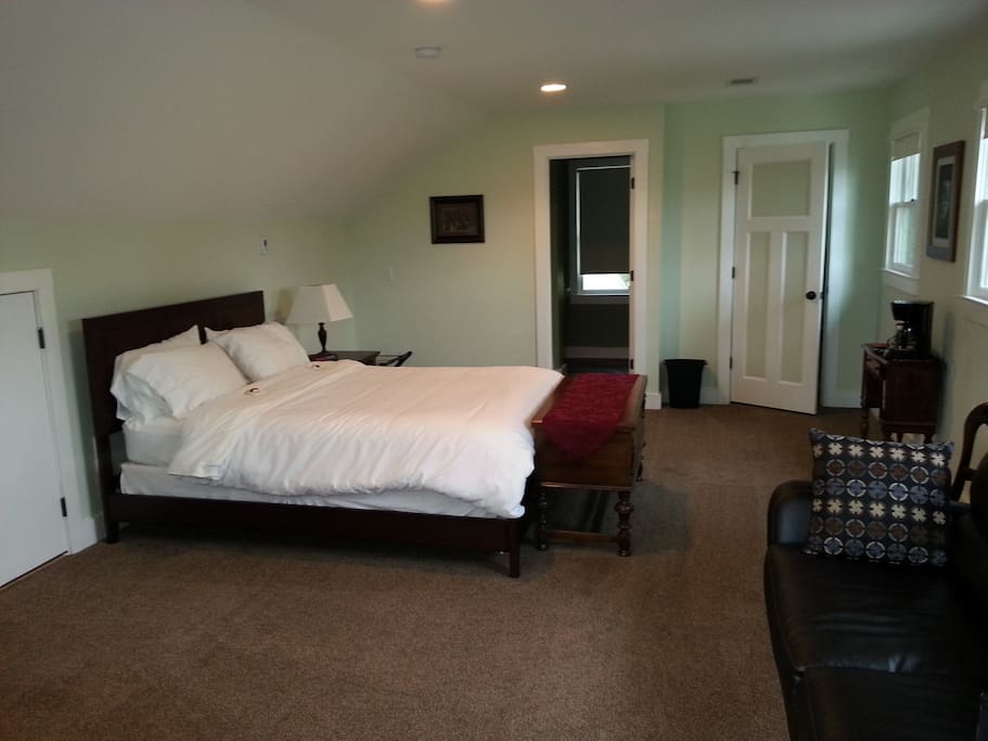 Spacious room with lots of light, luggage storage, privacy