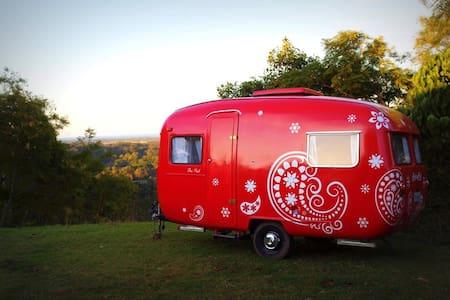 Gorgeous Vintage Caravan - Camper/Roulotte