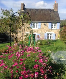 chambre  maison normande typique - Bed & Breakfast